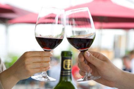 Tập tục uống rượu tại một số quốc gia trên thế giới